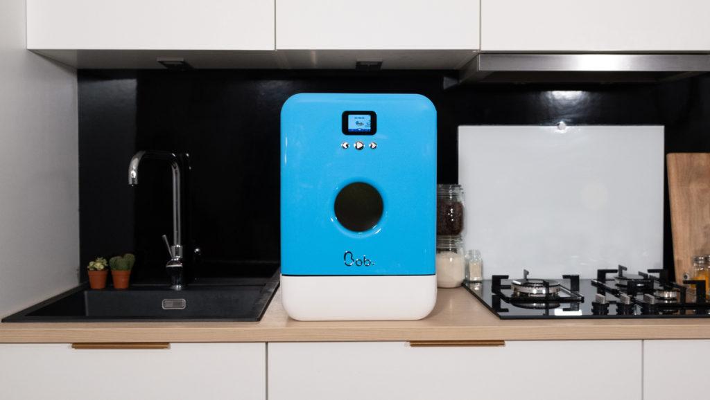Bob mini lave vaisselle bleu blanc vue ensemble cuisine design 2000px